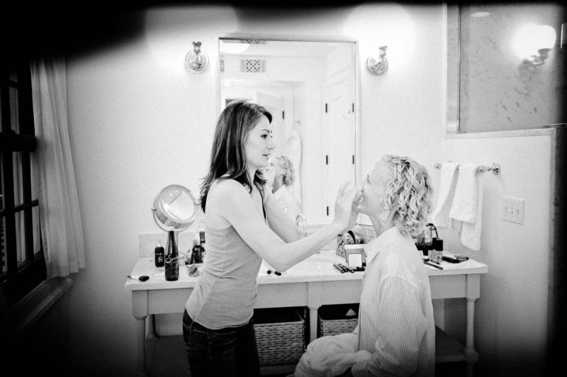My multi-talented bridesmaid Michelle doing my rehearsal-dinner makeup (photo: Kristen Somody Whalen)