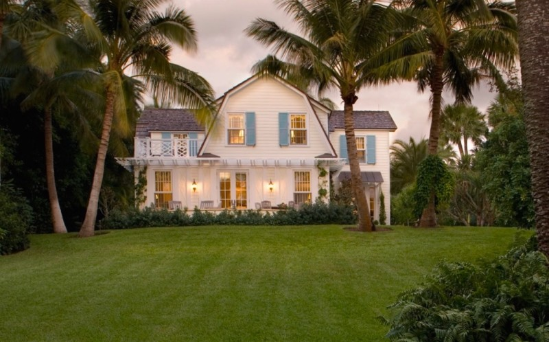 A inviting Jupiter Island, Florida, renovation by our architects, very much in the Pattern Language tradition. More at HistoricalConcepts.com.