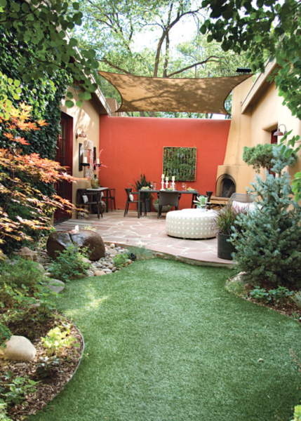 This canvas roof helps to create an outdoor room in Santa Fe. (Positive Outdoor Space is also working here.) Markdesign LLC, on Houzz.com.