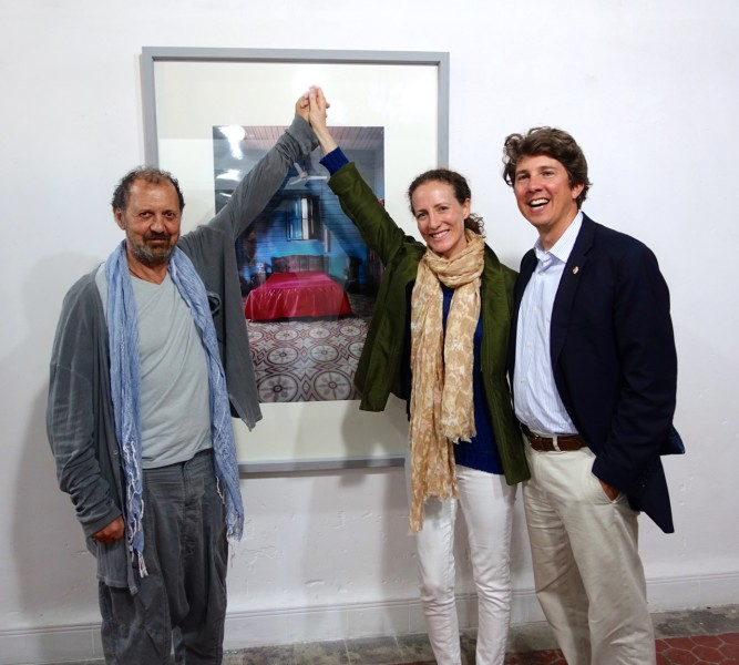 With the photographer Enrique Rottenberg, and of of his pictures